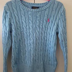 Varetype: sweater Størrelse: 7 år Farve: lyseblå Oprindelig købspris: 700 kr.