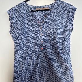 Rue de Femme t-shirt