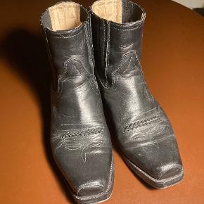 Sendra støvler
