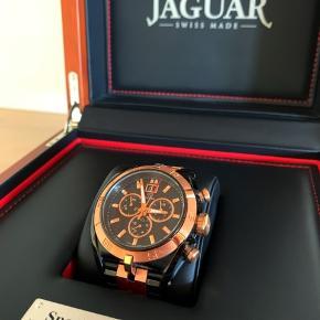 Sælger dette JAGUAR FESTINA ur til herre. *Aldrig brugt  *To led er aftaget men medfølger *Original boks medfølger *Købt sidste år i Nykøbing F *Special edition  BYD