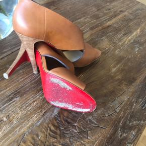 Super lækre sandaler 10 cm Kender ikke navnet på modellen Dustbag medfølger