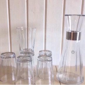 Mærket:Rosendahl.                                               6 glas og en vandkande Næsten som ny