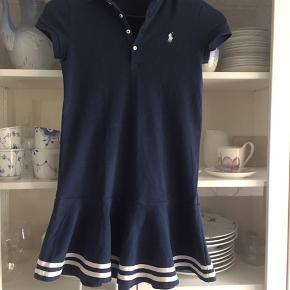 cd1c83a9 Lækker kjole. Brugt et par gange og vasket. Pæn i farven, ingen pletter