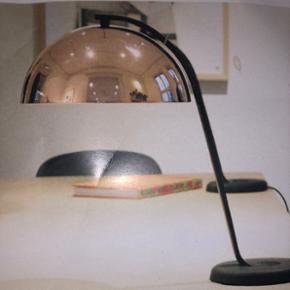 Hay cloche bordlampe i kobber I ubrudt emballage.  BYD