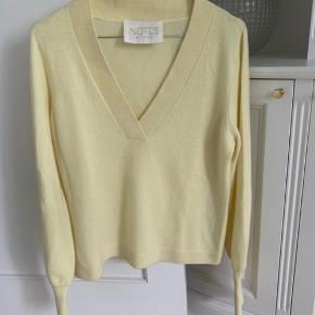 Notes Du Nord sweater