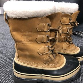 Sorel Caribou waterproof støvle i str. 37 1/3 sælges ;) De har været brugt 2 gange - men er desværre for små.