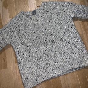 Super lækker sweater i rigtig fin stand🤩👌