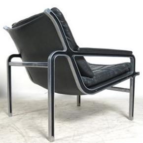 Rigtig cool lænestol, tidsløst design, meget god at sidde i. Fra 1960-erne.