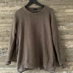M. Wiesneck Sweater