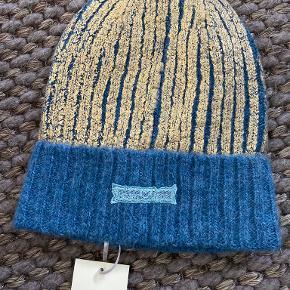 Heartmade / Julie Fagerholt hat & hue