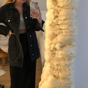 Lang denim jakke fra H&M🤍