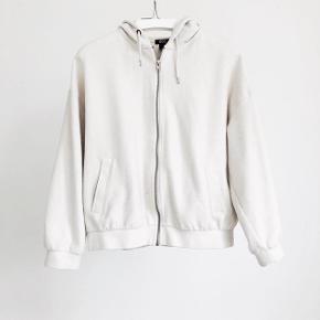 Købt i urban outfitters for 599 kr M-L