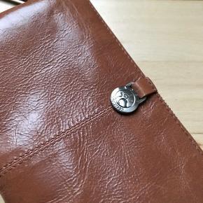 Super flot taske - helt uden nogen fejl eller skader.