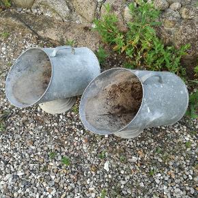 Koksspande, de har været brugt til blomster foran hoveddør