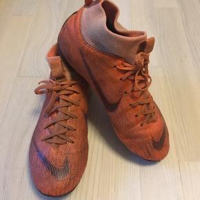 Fodboldstøvler fra Nike str.38 (24 cm)