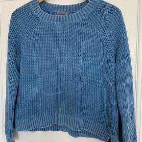 Blå calvin Klein jeans sweater med logo. Str small 💓