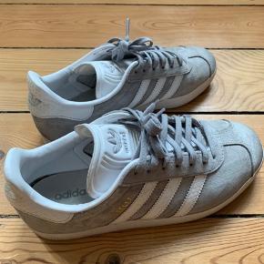 Adidas Gazelle sneakers str. 38.