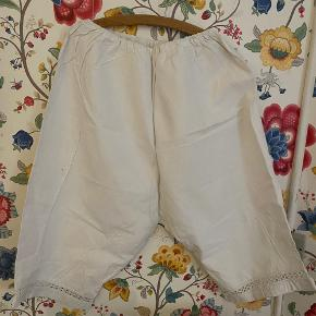 One Vintage lingeri