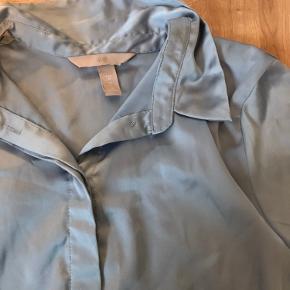 Mega pæn blå skjorte - aldrig brugt, kun prøvet på 💙