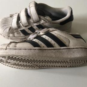 Sneakers Farve: Hvid Oprindelig købspris: 500 kr.