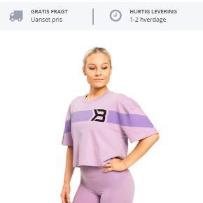 Helt ny T-shirt sælges da den desævrre er lidt for stor, er kun prøvet på, for flere billeder send sms på 51347495