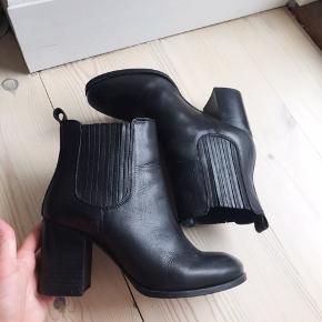 Carvela Kurt Geiger støvler