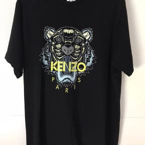 Kenzo t-shirt str Xl, men passer nok bedst str L