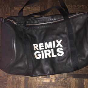 Mega fin little remix taske sælges
