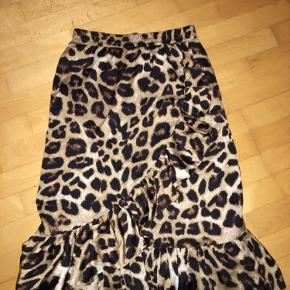 Nederdel med leopard print