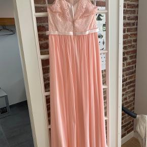 TP kjoler galla & bryllup