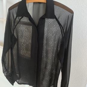 Fin skjorte i chiffon