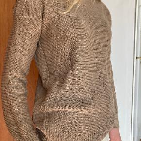 Cristaseya sweater