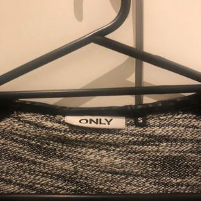 """I meget god stand: """"læder"""" osv. er fuldstændig intakt og ingen tegn på slid her."""