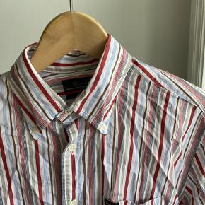 Skjorte fra Fanconnable - aldrig brugt.