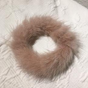 Mink fur elastik Beskyttelsespose følger med