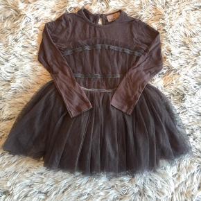POMPdeLUX kjole i str. 86 Brugt men fin.   Handel via ts pålægges der ts gebyr på prisen.   Sender gerne hvis du betaler porto.