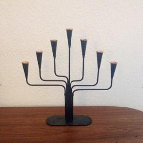 Gunnar Ander design lysestage til smalle lys.