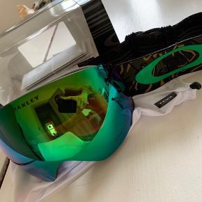 Oakley goggles med dustbag, æske og kvittering