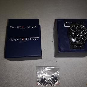 Super lækkert ur fejler ikke noget. Bud!  Ny pris 1500