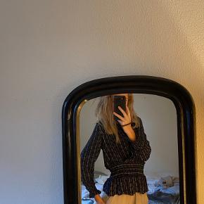 Munthe bluse