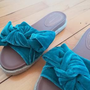 De flotteste sandaler Sofie-Linde agitige som desværre er lidt for små til mig. Derfor næsten aldrig brugt✨