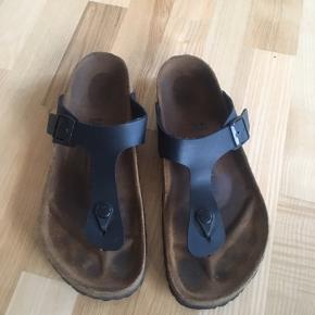 Sælger mine super fine birkenstock sandaler, da jeg har købt et par nye