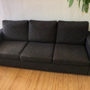Fin sofa med begynde slid på stof, men fejler intet udover  Fra dyre/røgfrit hjem Pris 250kr Vejle
