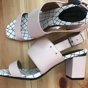 Nye læder sko fra calvin Klein. Fejler intet
