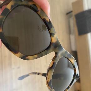 Valentino solbriller