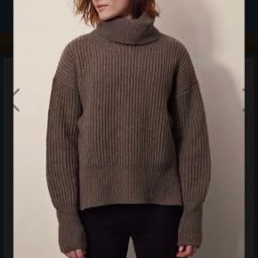 Boob sweater