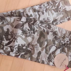 Lækre bukser med stræk
