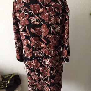 Ny kjole str 40