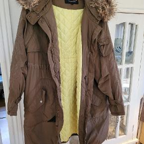 Carmakoma frakke