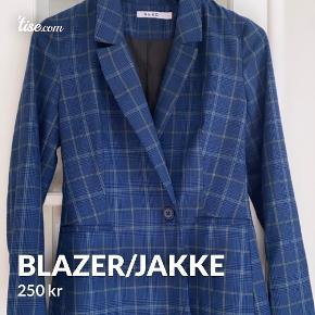 Na-kd blazer